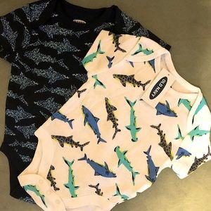 NWT 2xSet Baby Short-Sleeve Shark Print Bodysuit